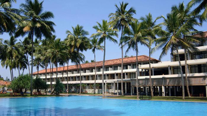blue-water-hotel-wadduwa